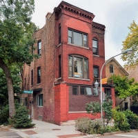 Bucktown Renovation for Two Artists: Exterior view