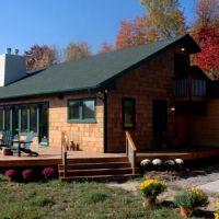 Duck Lake House : Exterior view