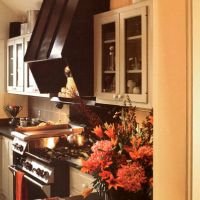 Hermitage Cottage Renovation: Window pass through